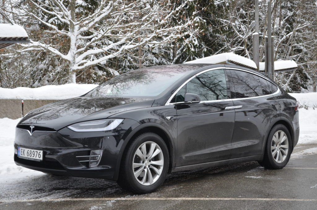 Tesla 1-kopi
