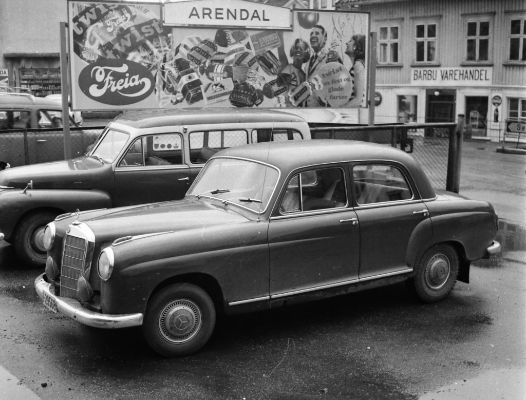 Mercedes 219 1958 ekst