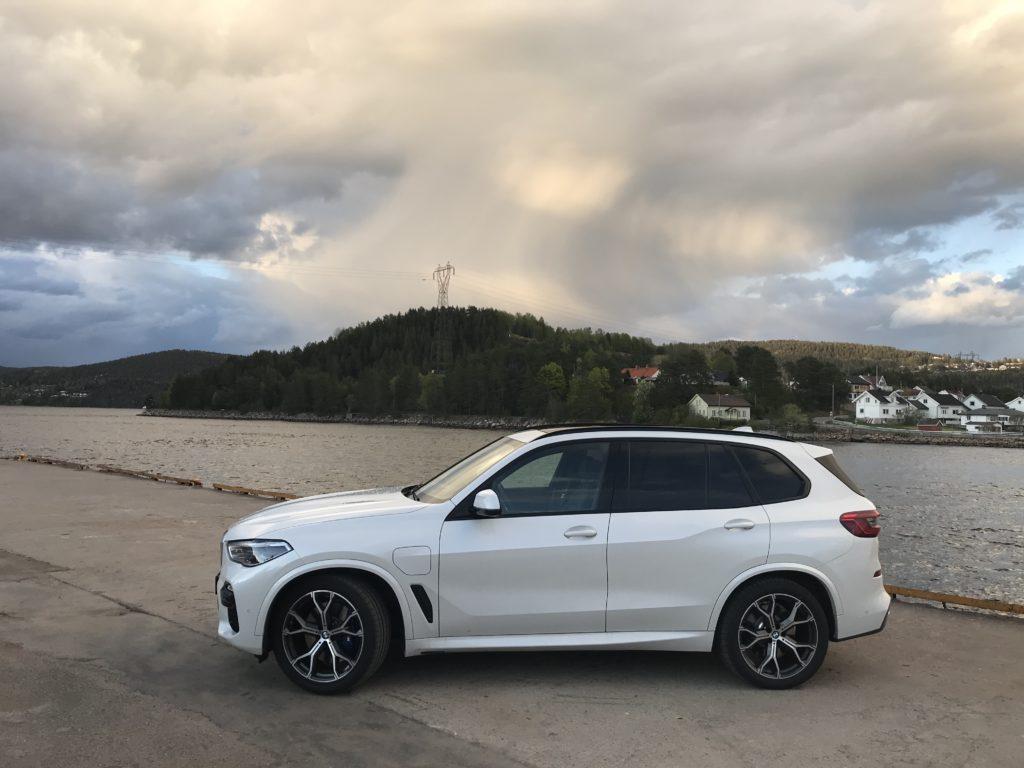 BMW X5 xDrive45e 11